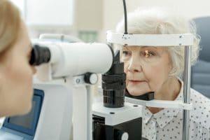 איכות ראיה ומחלות עיניים בגיל השלישי